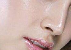 隆鼻手术会有危险吗